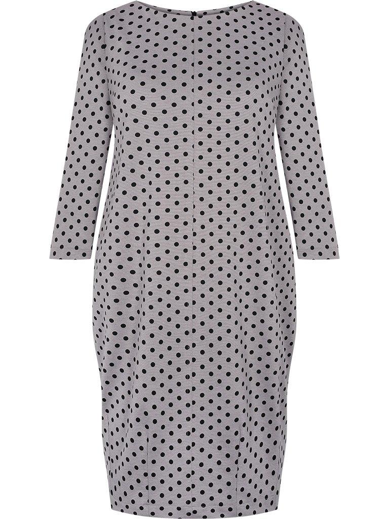 5de55c5e Sukienka w groszki Magda VIII, luźny fason maskujący brzuch i biodra.